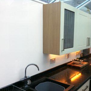 White Acrylic Kitchen Splashback (Gloss Finish)