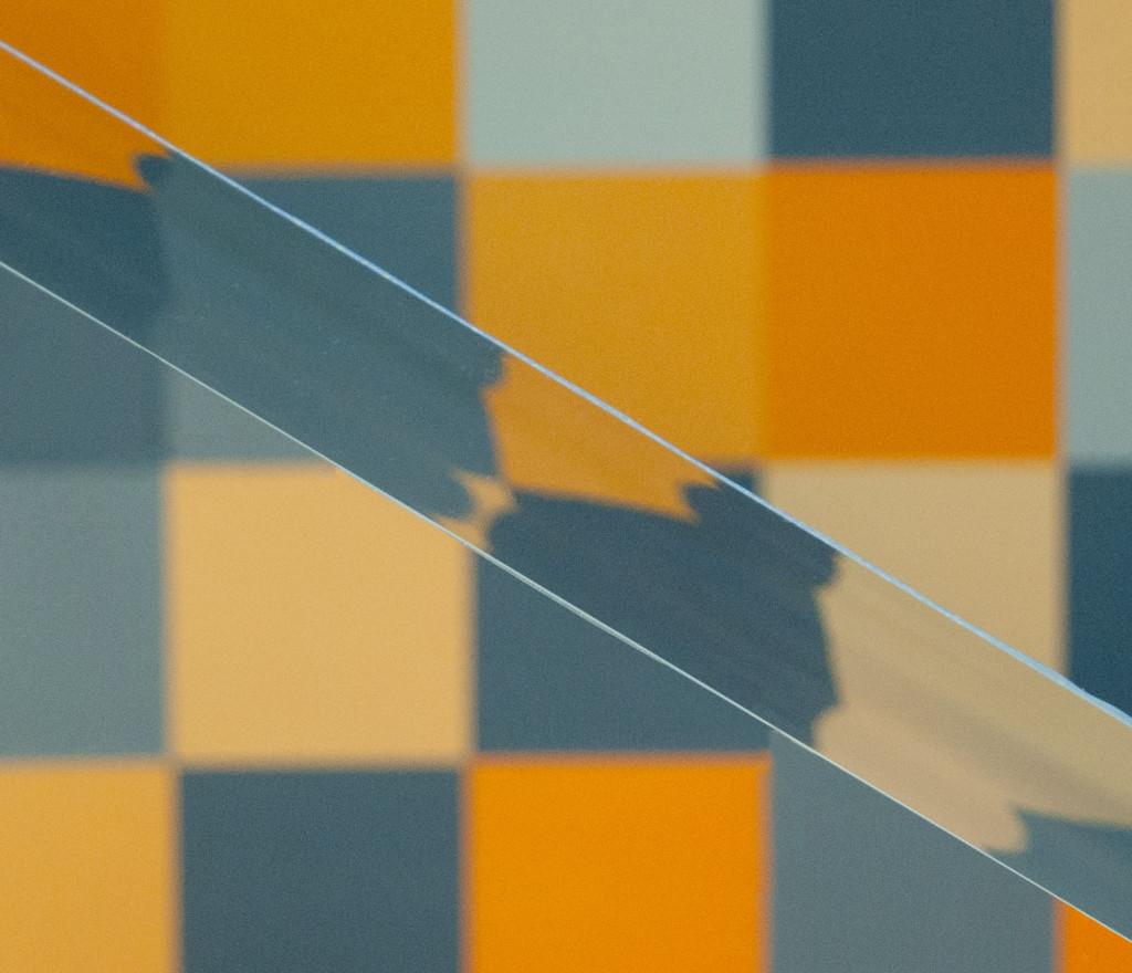 polished acrylic edge