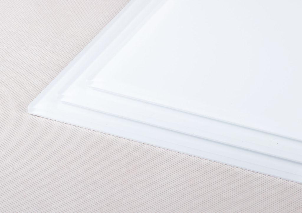 white-igh-gloss